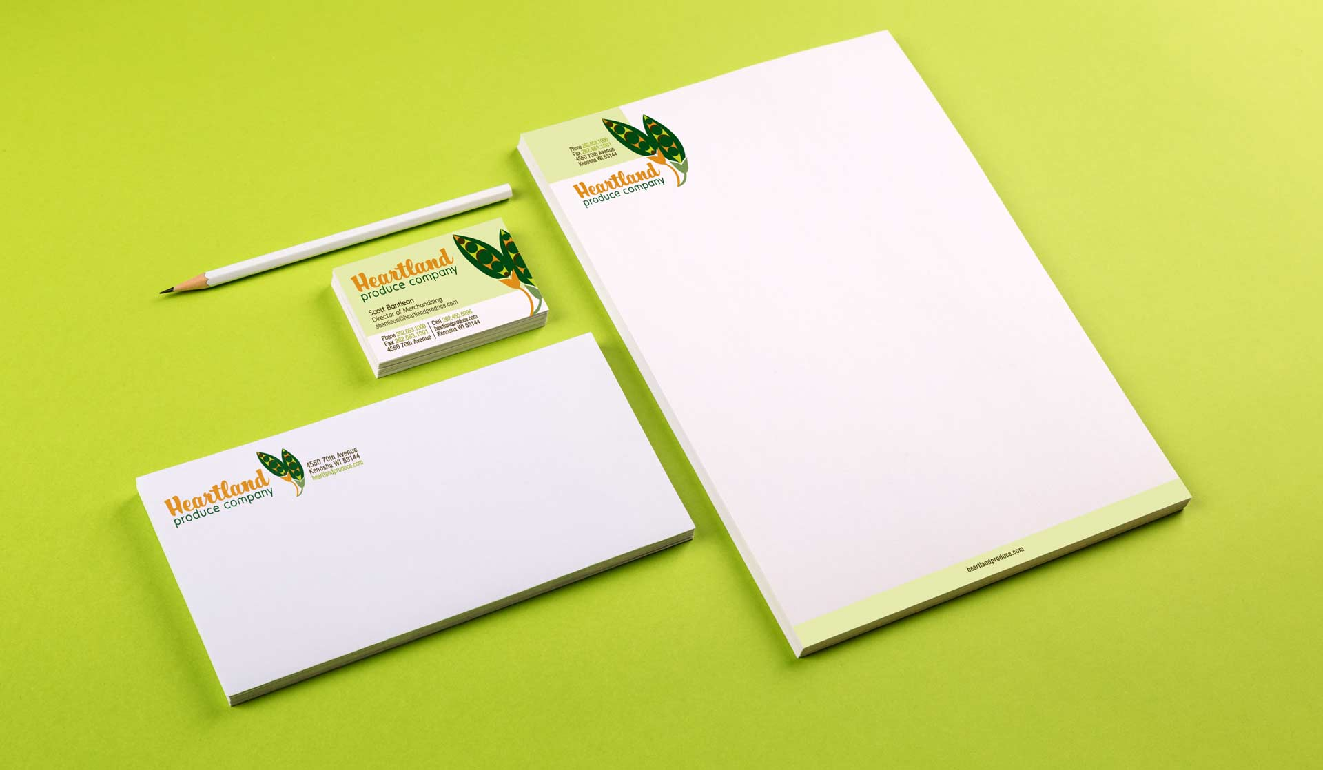 Heartland Produce partners with brand development agency, NAVEO, to produce a new logo and memo pads for trade shows.